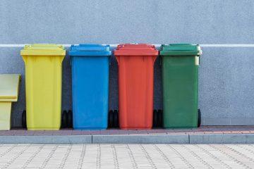 Tak fordi I er klikket herind. I dag skal det handle om afhentning af affald i alle størrelser. Og det bliver hentet hjemme hos dig selv.